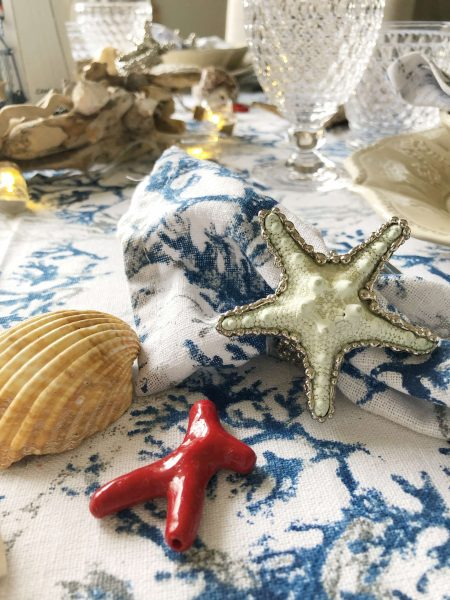 Set of 6 starfish napkin rings