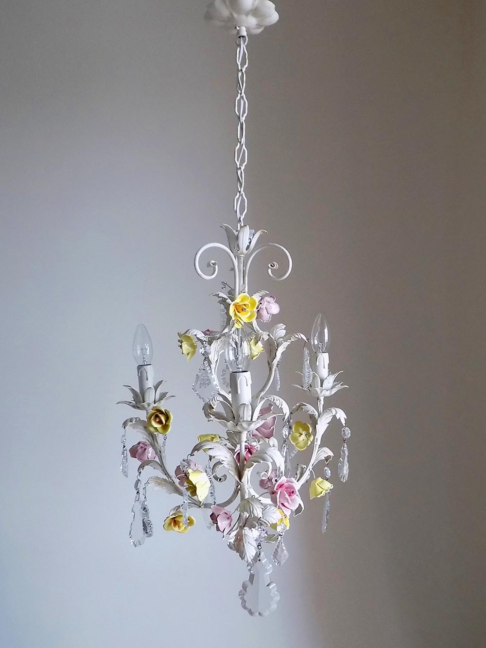 Italian Vintage Tole Chandelier With Porcelain Flowers Lightbox