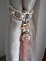 Pink pendulum tie back