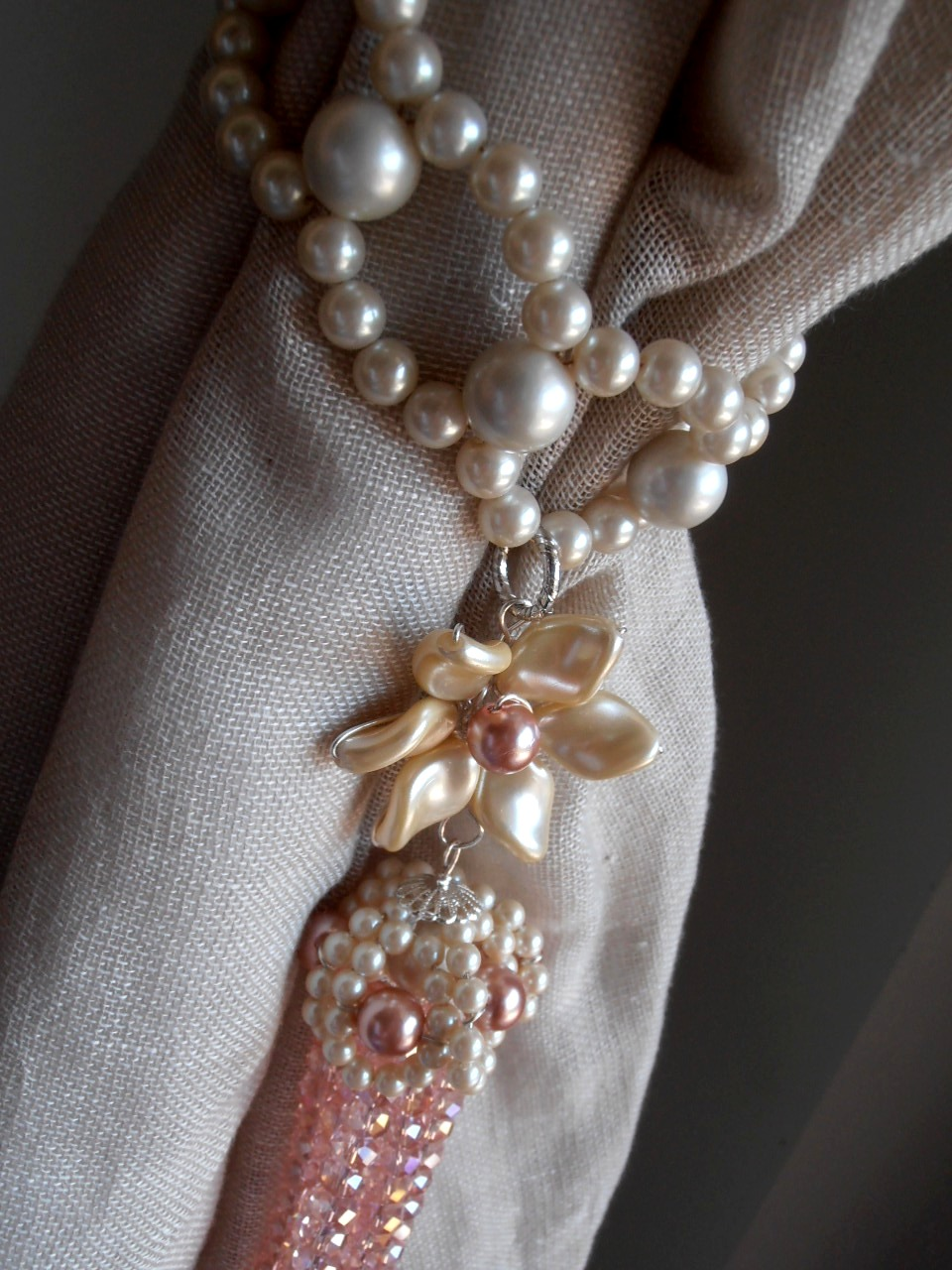 Pair of pink decorative curtain tiebacks pearls and crystals flowers