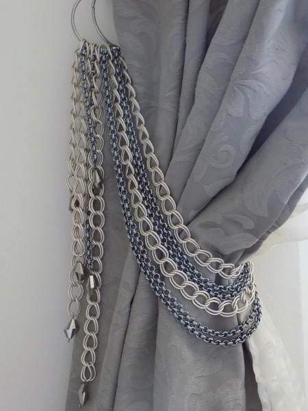 chain tiebacks