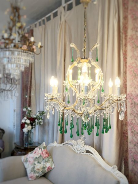 Maria Theresa 10 lights chandelier green Murano drops